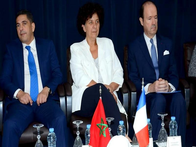 Education: Signature d'une vingtaine d'accords inter-universitaires entre la France et le Maroc